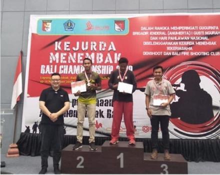 Putra Desa Tamblang Juara I di Kejuaraan Menembak Bali Championship 2018