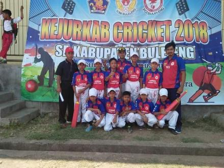 SDN 5 dan SDN 1 Raih Juara 2 dan 3 dalam Kejuaraan Kriket 2018 di Lapangan Bhuana Patra Singaraja