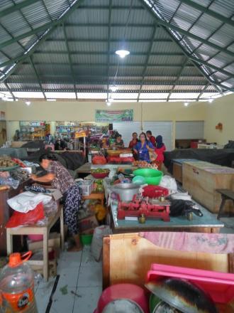 Dinas Perindag Sidak ke Pasar Tamblang