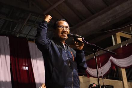 Pembukaan Volta Cup VI oleh Asisten Administrasi Umum Setda Kabupaten Buleleng, Drs. Gede Suyasa, M.